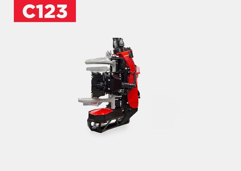 KOMATSU C123