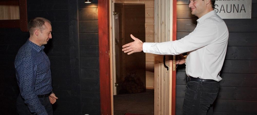 Komatsu sauna!